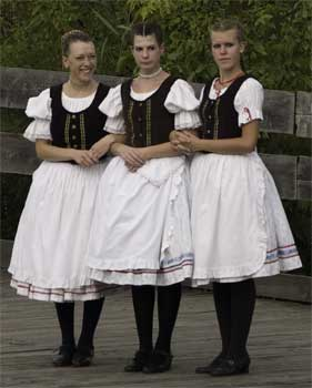 Folk dancing girls