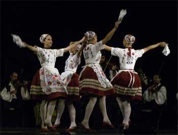 Kalocsa dancers